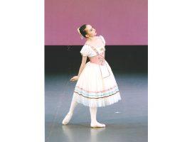 初心者からダンサーを目指す人まで胡桃バレエスタジオ