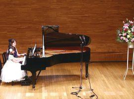 プロの演奏家がピアノ・ヴァイオリンを指導しますMUSIK・GASSE