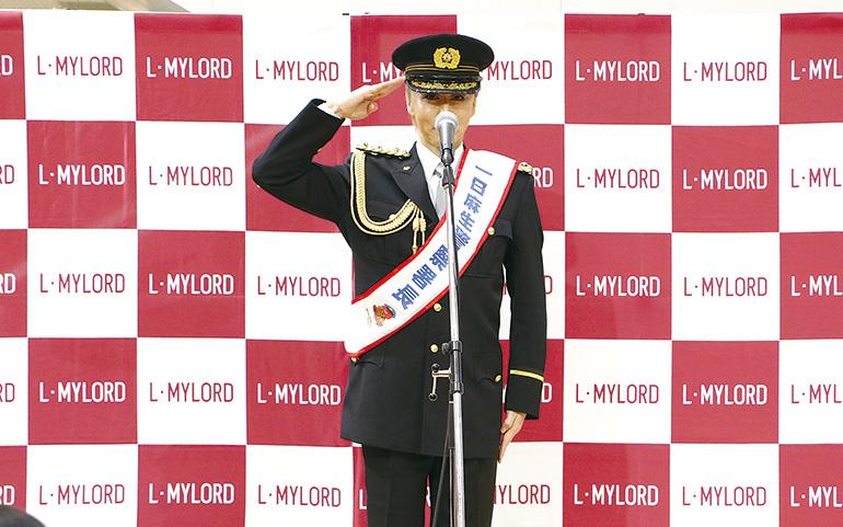 神崎順さん 一日麻生警察署長