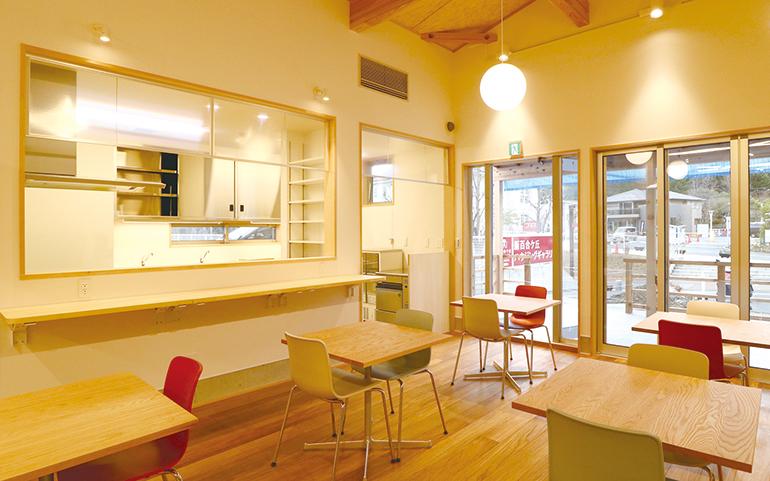 しんゆり交流空間 リリオス カフェスペース