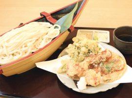天ぷらは好みに合わせて注文をきりっと冷えた笹子自慢の手打ちうどん