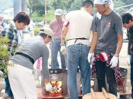 新百合ヶ丘自治会自主防災組織が行った一般住民向けの炊き出し訓練の様子