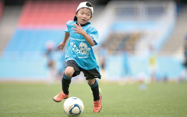 川崎フロンターレ「ゴールデンウィーク親子サッカー教室」参加者募集