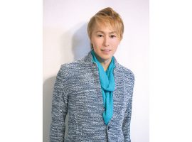 PEOPLE in ASAO《vol.70》神崎 順さん「世界初男性メインのレビューを川崎が誇る文化に」