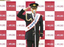 かわさき産業親善大使・神崎順さん一日麻生警察署長に就任